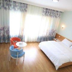 Отель Select Hill Resort Албания, Тирана - отзывы, цены и фото номеров - забронировать отель Select Hill Resort онлайн комната для гостей фото 3