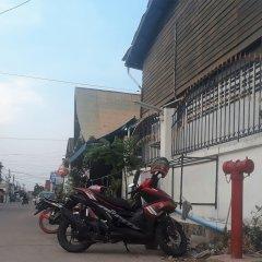 Sitpholek Muay Thai Camp - Hostel Паттайя парковка