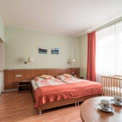 Отель Penzion Fan Чехия, Карловы Вары - 1 отзыв об отеле, цены и фото номеров - забронировать отель Penzion Fan онлайн комната для гостей фото 8