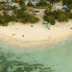Отель Hulhangu Lodge пляж