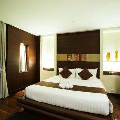 Отель Centre Point Pratunam сейф в номере