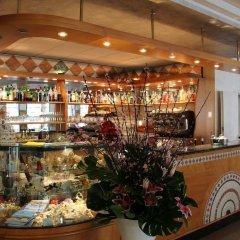Отель Demy Hotel Италия, Аулла - отзывы, цены и фото номеров - забронировать отель Demy Hotel онлайн гостиничный бар