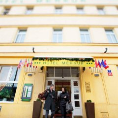 Hotel Merkur Прага парковка