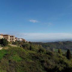 Отель La Casa del Glicine Лари фото 3