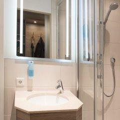 Отель Schlicker - Zum Goldenen Löwen Мюнхен ванная