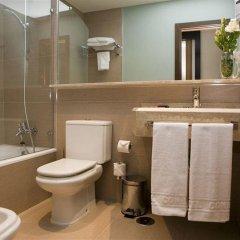 Отель Conilsol Hotel y Aptos Испания, Кониль-де-ла-Фронтера - отзывы, цены и фото номеров - забронировать отель Conilsol Hotel y Aptos онлайн ванная