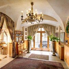 Отель Golden Star Чехия, Прага - 14 отзывов об отеле, цены и фото номеров - забронировать отель Golden Star онлайн интерьер отеля фото 2