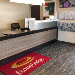 Отель Econo Lodge Montmorency Falls Канада, Буашатель - отзывы, цены и фото номеров - забронировать отель Econo Lodge Montmorency Falls онлайн фото 5
