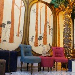 Отель Hide and Seek Boutique Hometel Бангкок развлечения