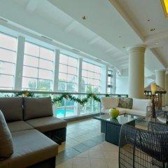 Отель Verona Resort & Spa Тамунинг интерьер отеля фото 2