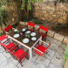 Отель House of Pomegranates Мальта, Слима - отзывы, цены и фото номеров - забронировать отель House of Pomegranates онлайн спортивное сооружение