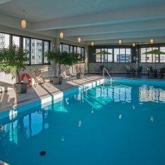 Отель L'Appartement Hotel Канада, Монреаль - отзывы, цены и фото номеров - забронировать отель L'Appartement Hotel онлайн бассейн фото 2