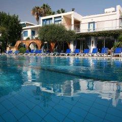 Отель Green Bungalows Hotel Apartments Кипр, Айя-Напа - 6 отзывов об отеле, цены и фото номеров - забронировать отель Green Bungalows Hotel Apartments онлайн бассейн фото 3
