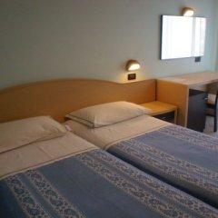 Отель SUSY Римини комната для гостей фото 4