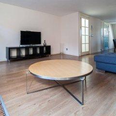 Апартаменты Leidse Square City Center Apartments комната для гостей фото 3