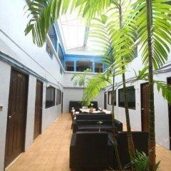 Отель Ao Nang Beach Resort парковка