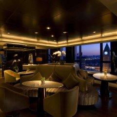 Отель Hilton Beijing Wangfujing гостиничный бар