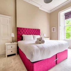 Отель City Centre Georgian Maindoor 2bed/2bath Apartment Великобритания, Эдинбург - отзывы, цены и фото номеров - забронировать отель City Centre Georgian Maindoor 2bed/2bath Apartment онлайн комната для гостей фото 4