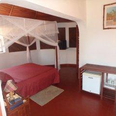 Отель Edena Kely сейф в номере