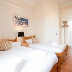 Отель Garfield Guest House Великобритания, Эдинбург - отзывы, цены и фото номеров - забронировать отель Garfield Guest House онлайн комната для гостей фото 3
