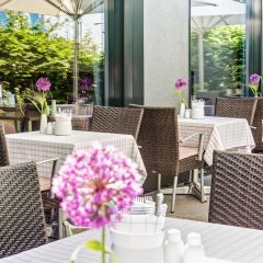 Отель Intercityhotel Berlin-Brandenburg Airport питание