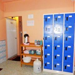 Jinda Hostel бассейн