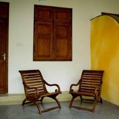 Отель Alakamanda Шри-Ланка, Анурадхапура - отзывы, цены и фото номеров - забронировать отель Alakamanda онлайн балкон
