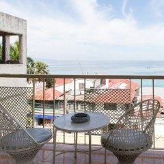 Отель Donway, A Jamaican Style Village Ямайка, Монтего-Бей - отзывы, цены и фото номеров - забронировать отель Donway, A Jamaican Style Village онлайн балкон