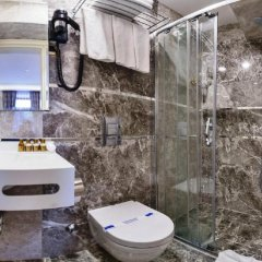 Zeynep Sultan Турция, Стамбул - 1 отзыв об отеле, цены и фото номеров - забронировать отель Zeynep Sultan онлайн ванная фото 2