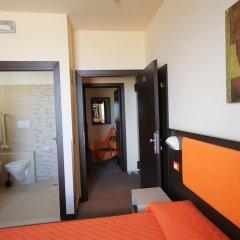 Hotel Belvedere Spiaggia Римини комната для гостей