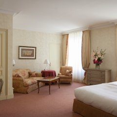 Отель Beau Rivage Geneva Швейцария, Женева - 2 отзыва об отеле, цены и фото номеров - забронировать отель Beau Rivage Geneva онлайн комната для гостей фото 5