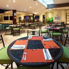 Отель Crowne Plaza San Jose Corobici питание фото 2