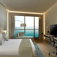 Royal M Hotel & Resort Abu Dhabi комната для гостей