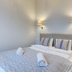 Отель Little Home - Indygo сейф в номере