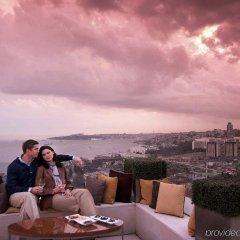 Conrad Istanbul Bosphorus Турция, Стамбул - 3 отзыва об отеле, цены и фото номеров - забронировать отель Conrad Istanbul Bosphorus онлайн балкон