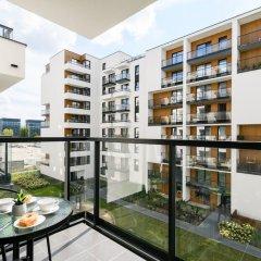 Отель M&R Apartament Airport Konstruktorska 7 балкон