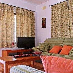 Отель Aire De Conil Guest House Испания, Кониль-де-ла-Фронтера - отзывы, цены и фото номеров - забронировать отель Aire De Conil Guest House онлайн комната для гостей фото 2