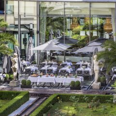 L'Hotel du Collectionneur Arc de Triomphe гостиничный бар