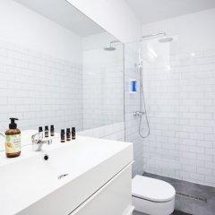 Отель Santa Ana Sol Boutique Испания, Мадрид - отзывы, цены и фото номеров - забронировать отель Santa Ana Sol Boutique онлайн ванная фото 2