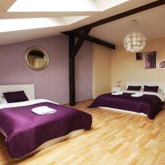 Отель Blooms Inn & Apartments Польша, Познань - отзывы, цены и фото номеров - забронировать отель Blooms Inn & Apartments онлайн сейф в номере