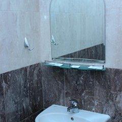Отель Family Hotel Aleks Болгария, Ардино - отзывы, цены и фото номеров - забронировать отель Family Hotel Aleks онлайн ванная фото 2