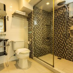 Отель Smart Suites Bangkok Бангкок ванная