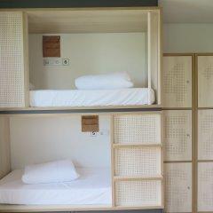 Отель Koisi Hostel Испания, Сан-Себастьян - отзывы, цены и фото номеров - забронировать отель Koisi Hostel онлайн комната для гостей