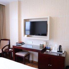 Отель Guangdong Baiyun City Hotel Китай, Гуанчжоу - 12 отзывов об отеле, цены и фото номеров - забронировать отель Guangdong Baiyun City Hotel онлайн удобства в номере фото 2