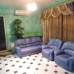 Отель Off Day Inn Мале комната для гостей