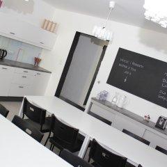 Отель Soda Hostel & Apartments Польша, Познань - отзывы, цены и фото номеров - забронировать отель Soda Hostel & Apartments онлайн питание фото 3