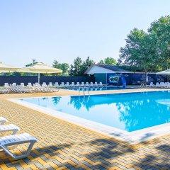 Парк-отель Восход бассейн