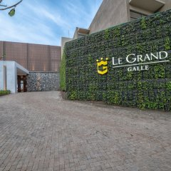 Отель Le Grand Galle by Asia Leisure парковка