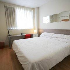 Отель Vertice Roomspace Мадрид комната для гостей фото 3