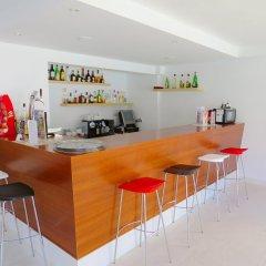 Отель Ona Surfing Playa гостиничный бар